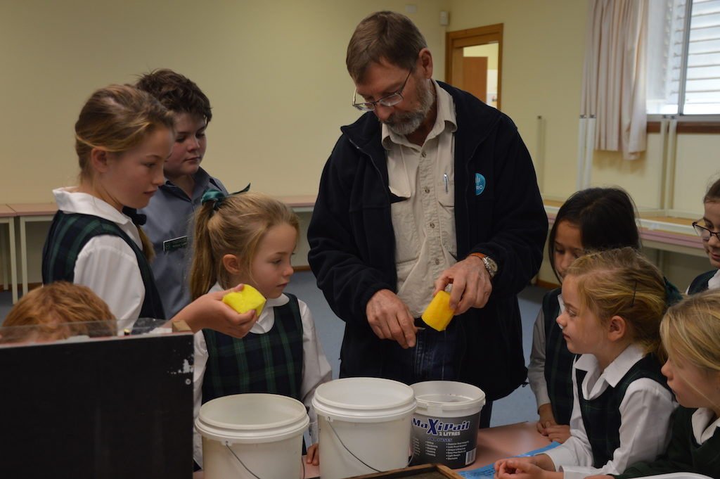 Michael Braunack, Systems Agronomist, helps students understand the worm's eye view.